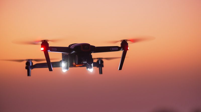 Foxfury Reveals the D3060 – A Small Format Drone & Utility Light