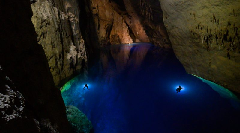 Stone Aerospace's AI, Underwater Drone Explores the World's Largest Subterranean Lake Farther Than Humans Ever Have